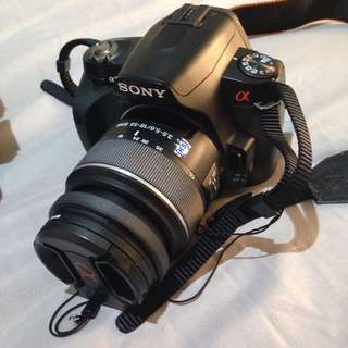 DSLR Sony Alpha @230