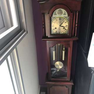 Antique vintage standing Grandfather clock