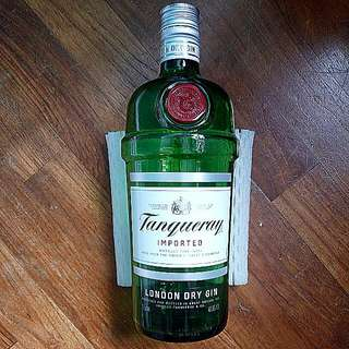 Empty Alcohol Glass Bottle (Tanqueray London Dry Gin)