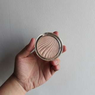 Milani Strobelight Highlighter in Moon Glow