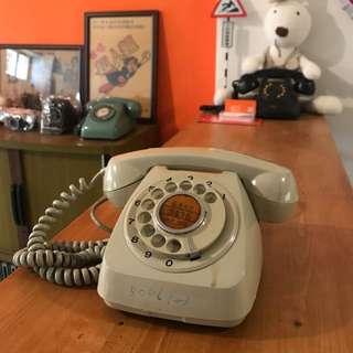 「早期轉盤電話 」  早期 古董 復古 懷舊 稀少 有緣 大同寶寶 黑松 沙士 鐵件 40年 50年