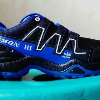 Sepatu adidas & nike