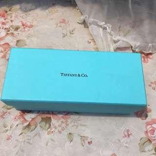 Tiffany.co紙盒一個