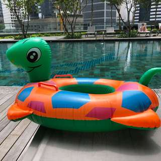 Turtle inflatable
