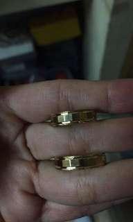 Wedding ring 18k Saudi Gold size 7&10