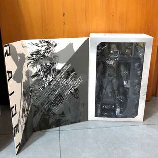 1/6 Hottoys figure metal gear rising - Raiden 雷電