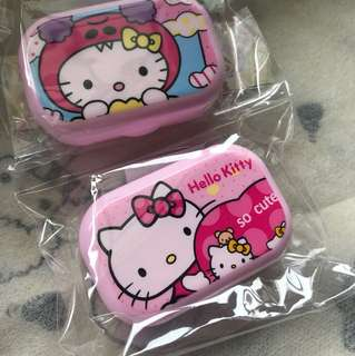 Hello kitty contact lens box w mirror