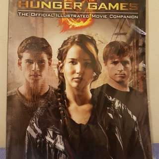 Hunger Games Movie Book & Magazine (Bundle Sale)