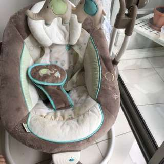 Ingenuity baby rocker/swing seat with sound and music