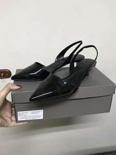 NEW! CHARLES&KEITH heels 4cm