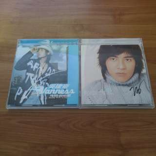 Autographed CDs by Vanness and Vic of F4
