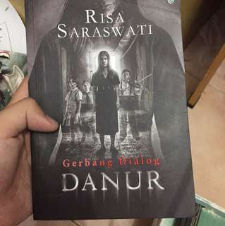 Buku novel danur