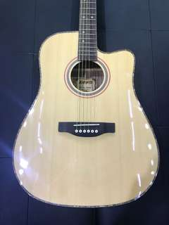 Ultra thin acoustic guitar