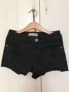 Used zara short pant jeans black sz 8, pj celana 21cm, lebar pinggang 60cm