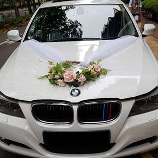 Wedding Car with Experienced Chauffeur