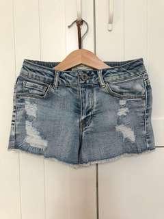 Used zara denim short sz 8, pj celana 21cm, lebar pinggang 60cm