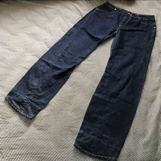 Levi's 「Limited Edition」3D Cutting Jeans