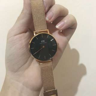 Petite Melrose Black 32mm Jual rugi Jam DW Preloved