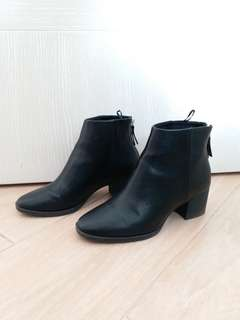 H & M boots (worn once only)