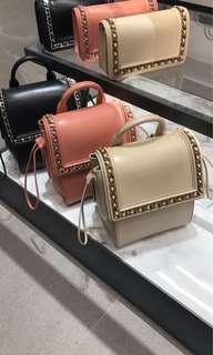 新加坡charles & keith 連線 兩用袋背包+側孭袋