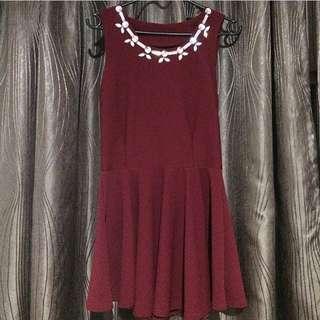Red dress / terusan merah