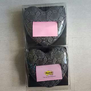 Post it pop up note dispenser (snakeskin heart)