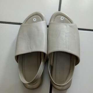 Sandal Cream melstore.id