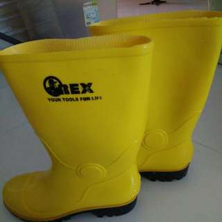 Boots -New(Yellow)