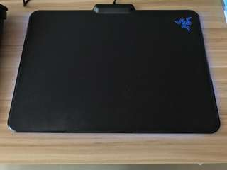 Razer Firefly mouse mat