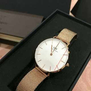 [DISCOUNTED] Daniel Wellington Watch Classic White Melrose 28mm