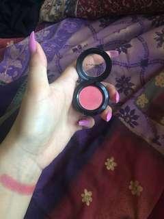 MAC single eyeshadow