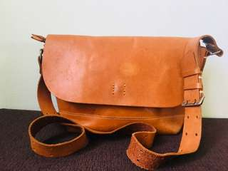 Unisex bag ( mustard brown )