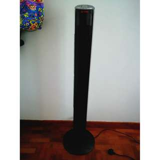 Sona standing fan with remote control- hardly used