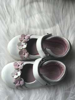 Stride rite shoes pink and white Mary janes