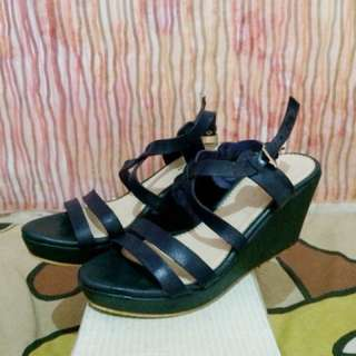 Wedges navy