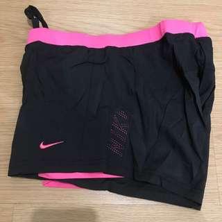 Nike Cycling Shorts - Black/Pink (Large)