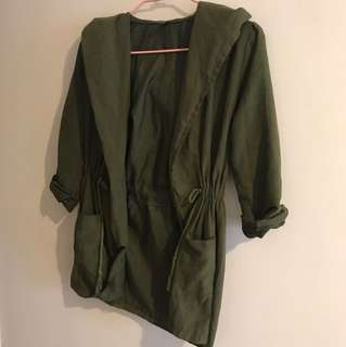 🚚 墨綠麂皮連帽縮腰風衣外套