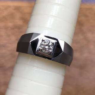 18kt diamond ring 六福