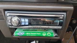 ALPINE CDE-9846E Car Radio FM CD MP3 Player