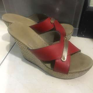 Preloved Wedges for Casual and Formal