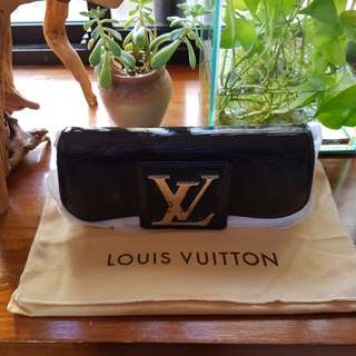 全新Louis Vuitton Black Epi Leather Clutch bag M4029N