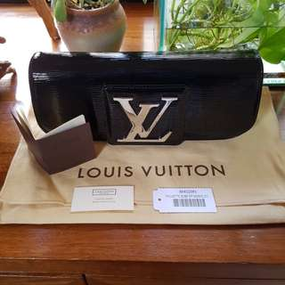 LV 九成新 Black Epi Leather Clutch bag M4029N