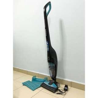 Philips PowerPro Aqua Stick Vacuum Cleaner FC6401