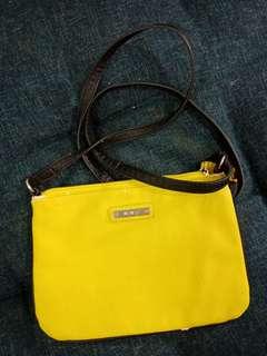Mango Slit Bag