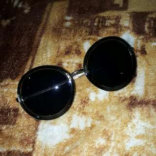 Retro Round Sunglasses (black)
