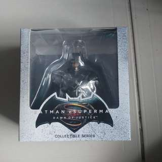 (HIGHEST BID) Batman VS Superman Collectable
