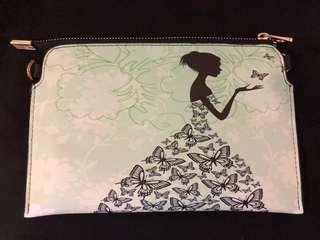 Ladies sling bag or hand carry purse