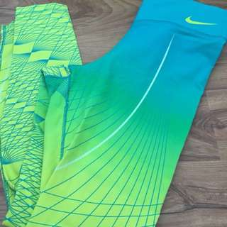 Nike tights medium