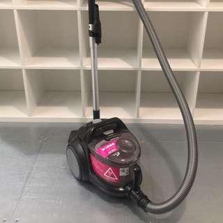 吸塵機 PowerPro Active 超強吸力2000w (有盒有配件齊)