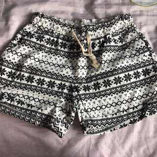 Cute, Patterned shorts